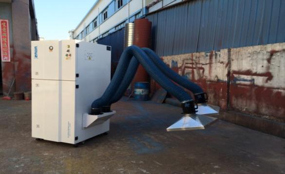 深圳移动式袋式除尘器厂家案图片